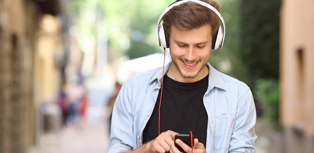 Siapa Sangka Mendengarkan Musik Memiliki Banyak Manfaat
